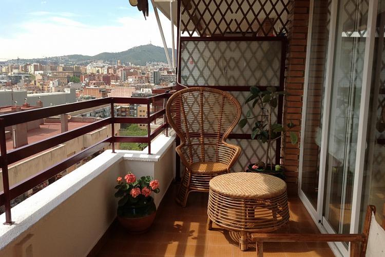 Single room near montju c events and guide barcelona - Nice home barcelona ...