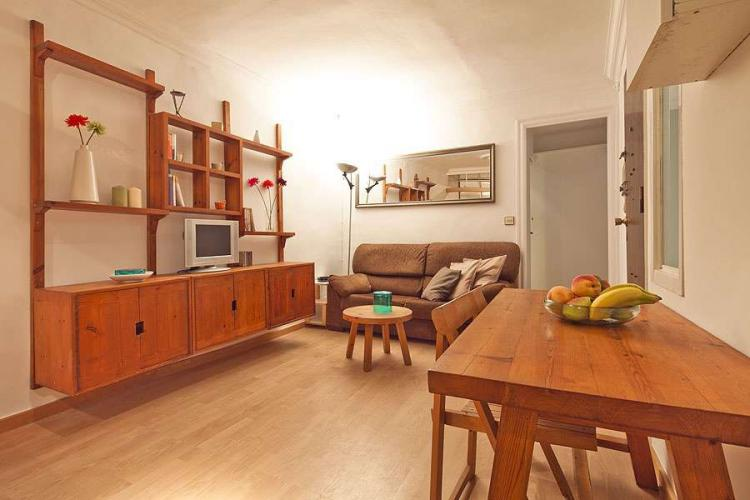 APARTMENT IN THE HISTORIC CENTRE OF BARCELONA
