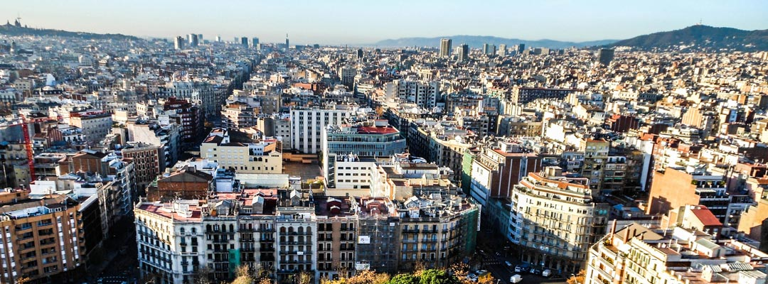 Foreigners Drive Up The Prices Of Luxury Apartments In
