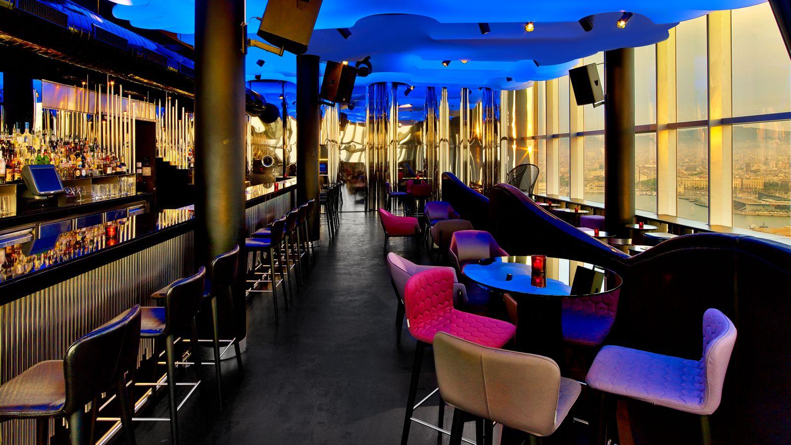 Hot bar barcelona directory barcelona home for Booking w barcelona