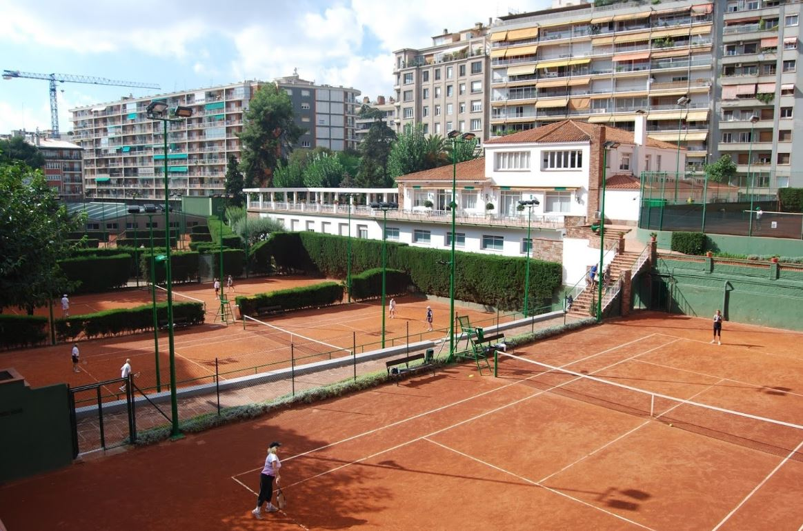 Club tennis barcino directory barcelona home for Club de fumadores barcelona