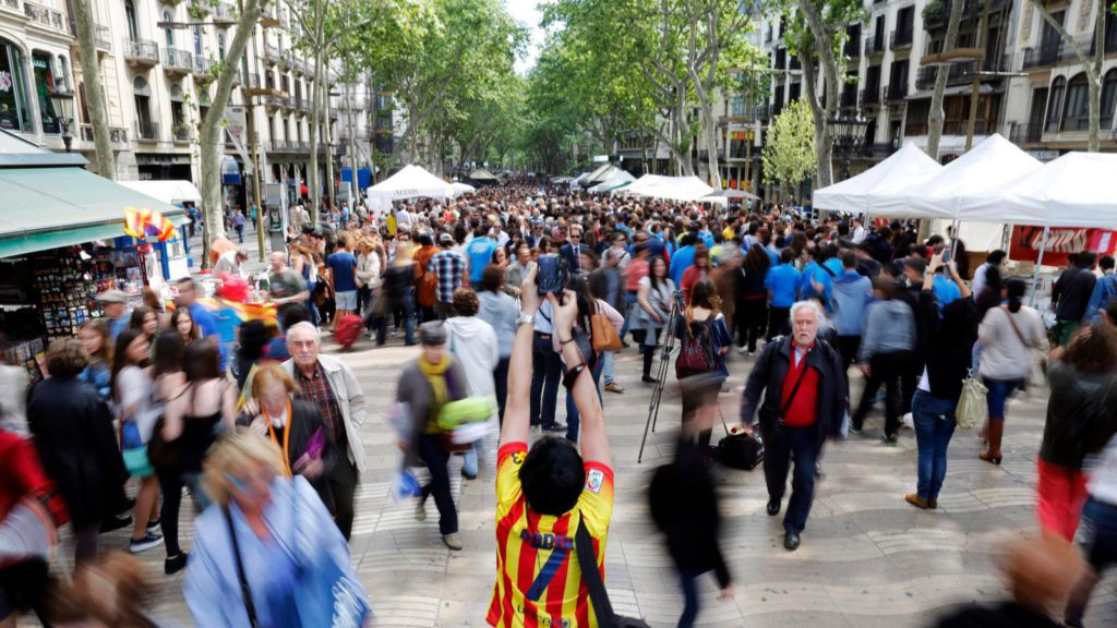 Αποτέλεσμα εικόνας για Will the violent protests against mass tourism affect Spain?
