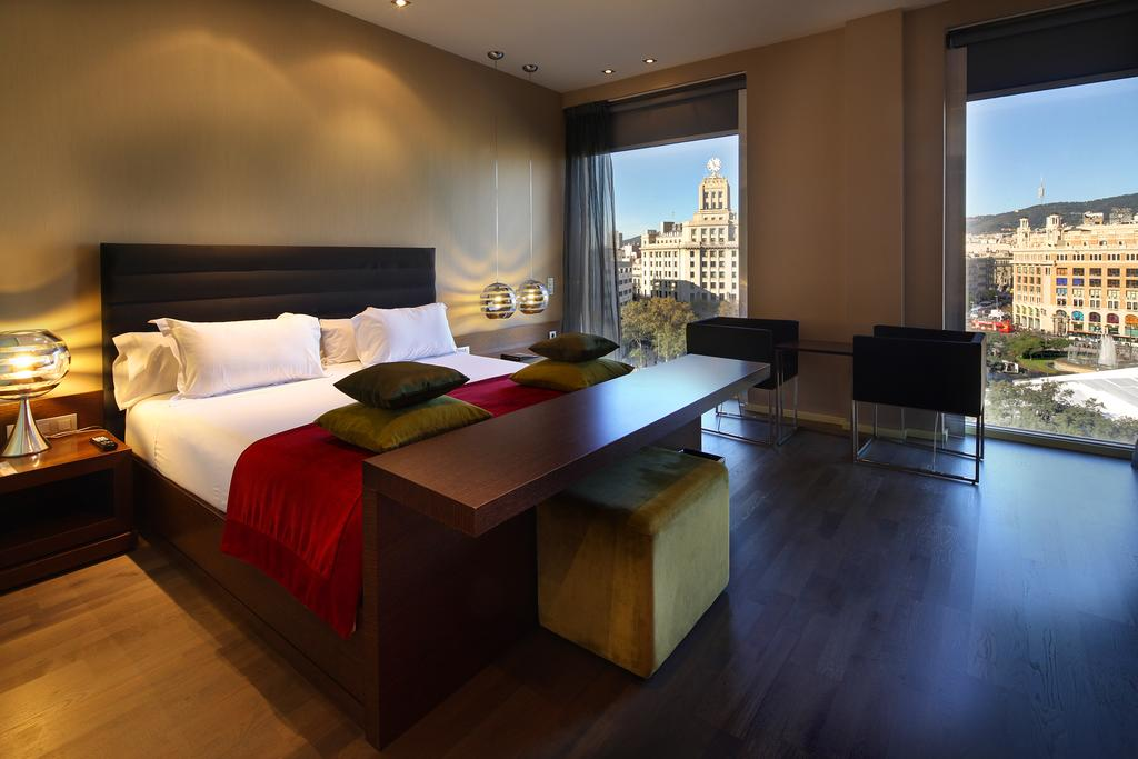 Olivia Plaza Hotel Events And Guide Barcelona