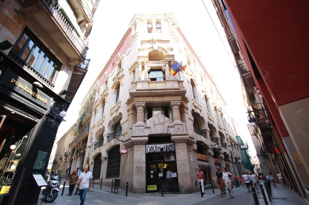 Hostal levante barcelona events and guide barcelona for Hostal sants barcelona