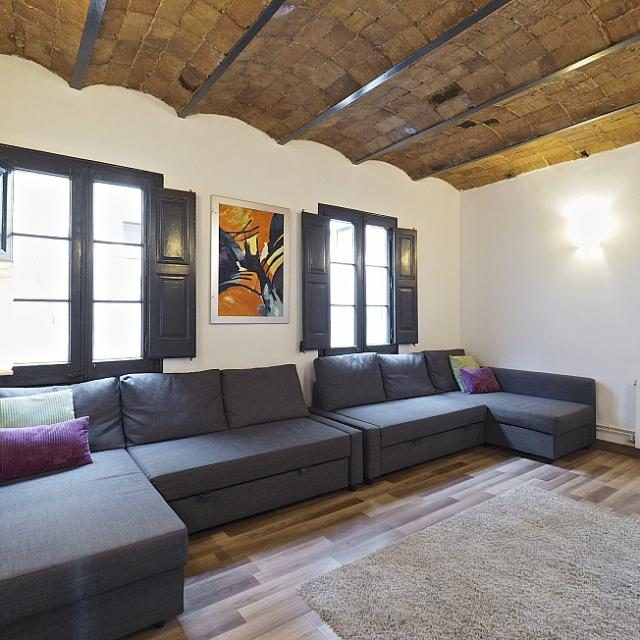 LOVELY APARTMENT IN THE CENTRE OF BARCELONA