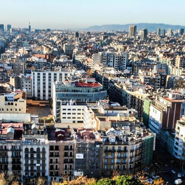 Foreigners drive up the prices of luxury apartments in Barcelona