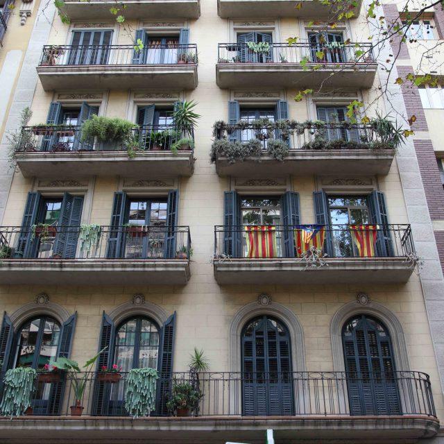 Barcelona crea ayudas para rehabilitar el interior de pisos