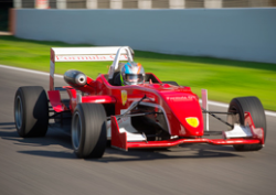 Drive a formula 3 on the racetrack