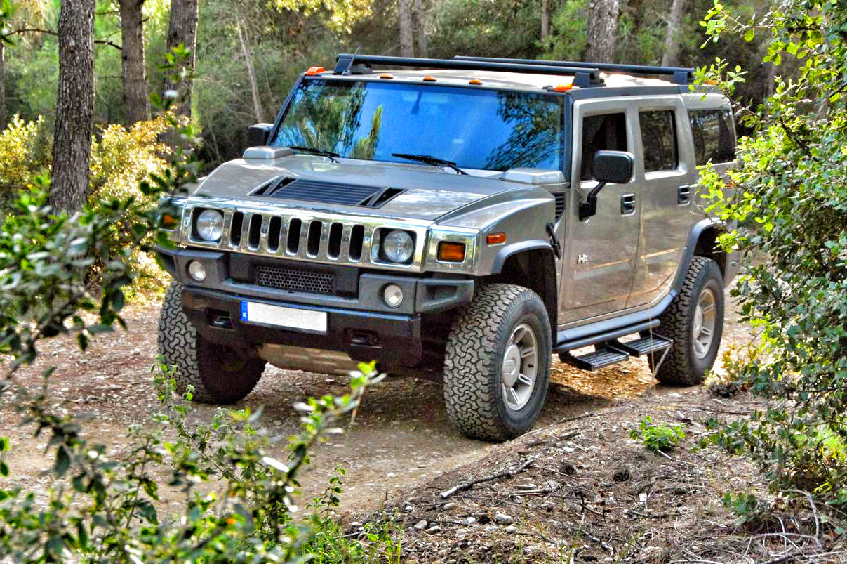 Experience a HUMMER H2 ride