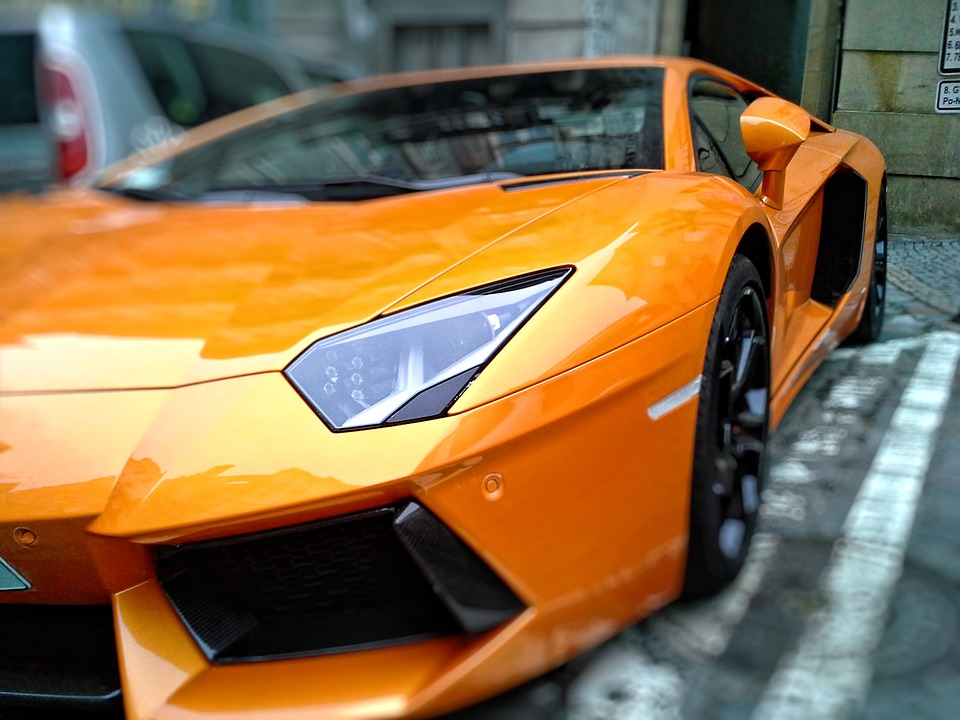 Race a Lamborghini on the circuit